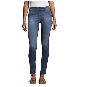 a.n.a Skinny Leg Pull On Jean Jeggings Large